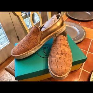Ladies size 10 Jack Rogers slip on shoes